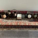 兵庫県宝塚市にてパキスタン産手織り絨毯・竹籠・火鉢・花瓶等陶器をお買取り致しました