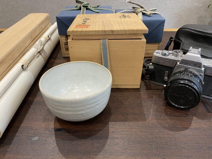 掛軸・カメラ・茶碗をお買取り致しました