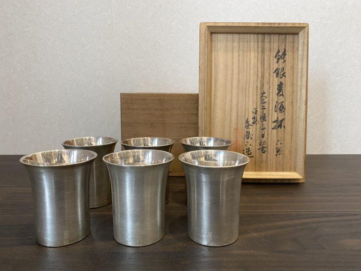 秦 蔵六 作 『純銀麦酒杯6客揃い』をお買取り致しました